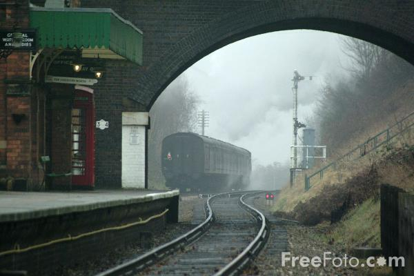 Picture of GWR Class 4200 No 4247 2-8-0T, Great Central Railway, Rothley - Free Pictures - FreeFoto.com
