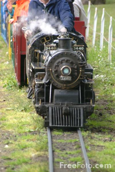 Picture of Mountaineer 3440 4-6-2 Steam Locomotive - Lakeshore Railroad, South Shields - Free Pictures - FreeFoto.com