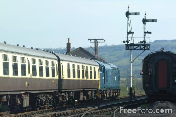 Picture of Gloucestershire Warwickshire Railway - Free Pictures - FreeFoto.com