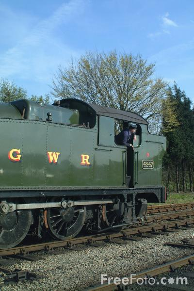 Picture of GWR Class 4200 No 4247 2-8-0T, Toddington, Gloucestershire Warwickshire Railway - Free Pictures - FreeFoto.com