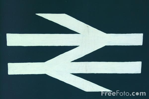 Picture of BR Logo, Derwent Valley Light Railway, Murton, York - Free Pictures - FreeFoto.com
