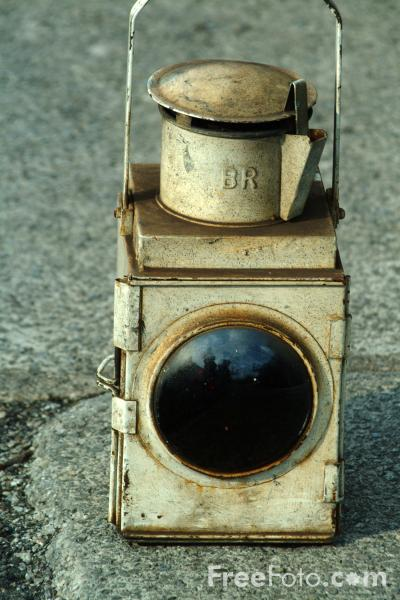 Picture of Oil Tail Lamp - Free Pictures - FreeFoto.com