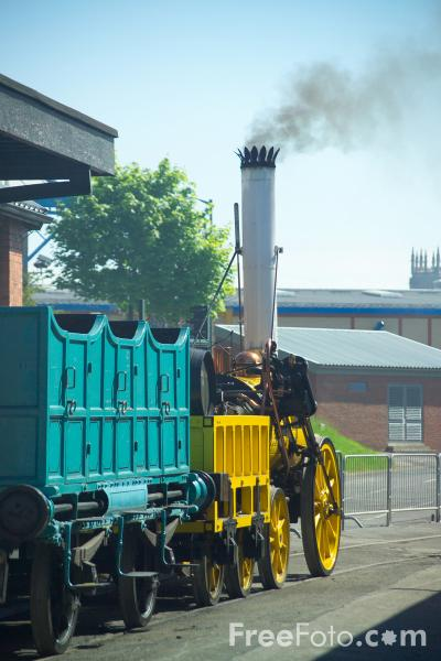 Picture of Stephenson's Rocket replica 0-2-2 locomotive at RailFest 2004 - Free Pictures - FreeFoto.com
