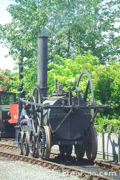 Picture of A replica of Richard Trevithick's 0-4-0 Penydarren - Free Pictures - FreeFoto.com