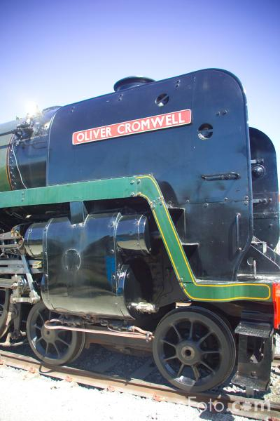 Picture of BR Class 7P6F 4-6-2 locomotive Oliver Cromwell at RailFest 2004 - Free Pictures - FreeFoto.com