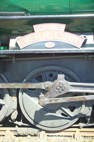 Picture of WD 2-10-0 No 3672 Dame Vera Lynn at RailFest 2004 - Free Pictures - FreeFoto.com