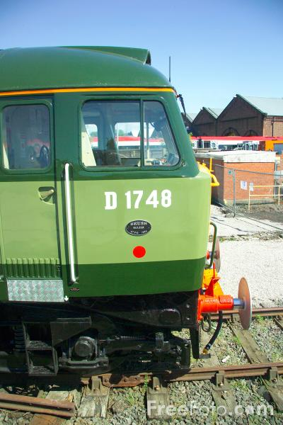 Picture of Class 47/4 locomotive D1748 at RailFest 2004 - Free Pictures - FreeFoto.com