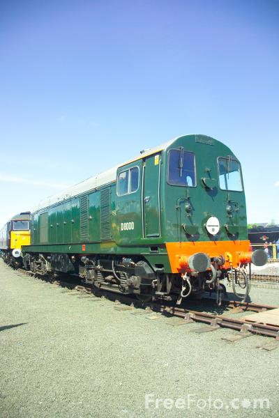 Picture of Class 20 diesel locomotive D8000 at RailFest 2004 - Free Pictures - FreeFoto.com