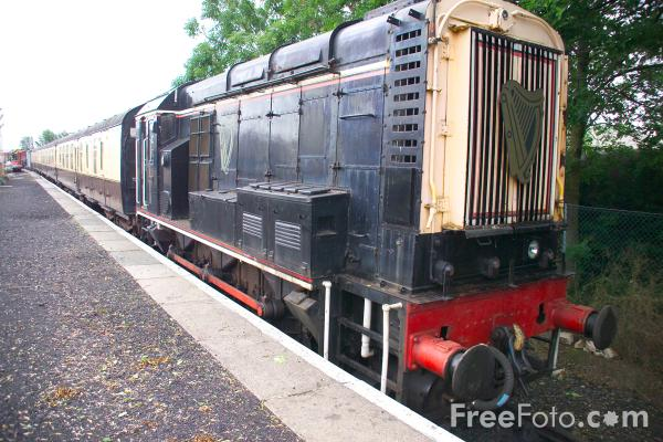 Picture of Class 08 0-6-0 shunter 13030 - Free Pictures - FreeFoto.com