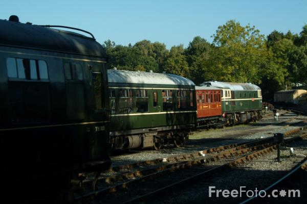 Picture of Class 33 - D6570 (33052) - Free Pictures - FreeFoto.com