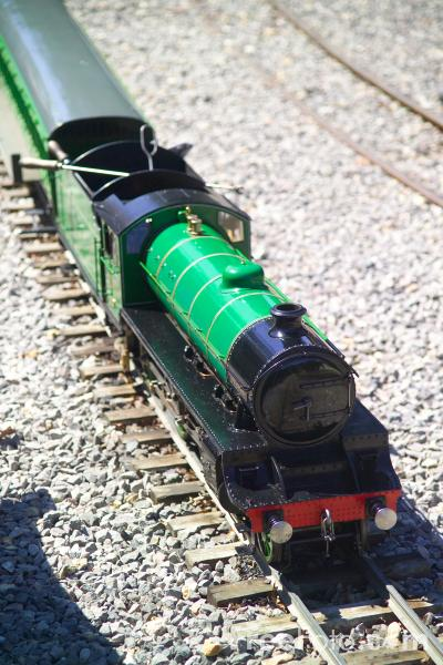 Picture of miniature gauge steam locomotive - Free Pictures - FreeFoto.com