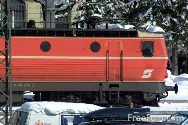 Picture of Austrian Railways Class 1044 010-5 - Free Pictures - FreeFoto.com