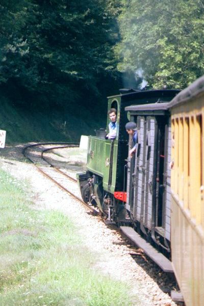 Picture of Mallett Steam Locomotive Number 403 pulls up the hill - Free Pictures - FreeFoto.com