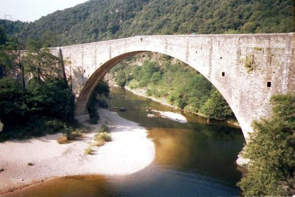 Picture of 1583 built Grand Pont, Douce-Plage - Free Pictures - FreeFoto.com