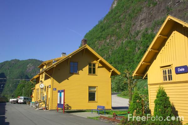 Picture of Railway Station, Norwegian State Railways  - NSB - Free Pictures - FreeFoto.com