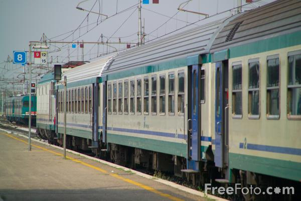 Picture of Italian Trains - Free Pictures - FreeFoto.com