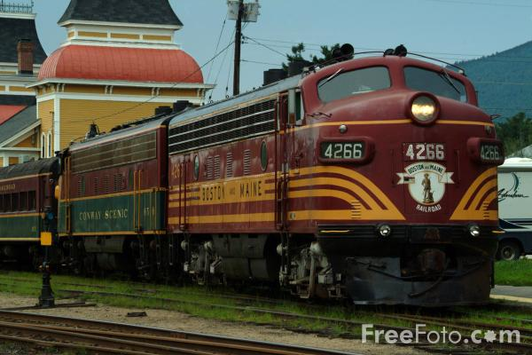 Picture of Boston & Maine F7 4266, Conway Scenic Railroad - Free Pictures - FreeFoto.com