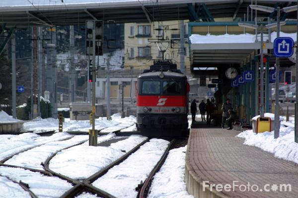 Picture of Zell am See Station, Austria - Free Pictures - FreeFoto.com
