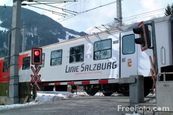 Picture of Zell am See, Austria - Free Pictures - FreeFoto.com