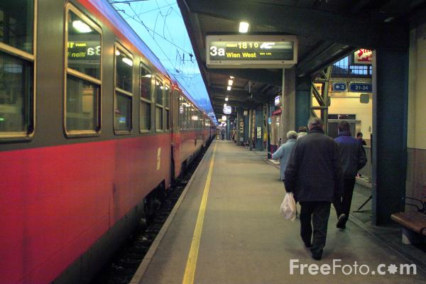 Picture of Salzburg station - Free Pictures - FreeFoto.com