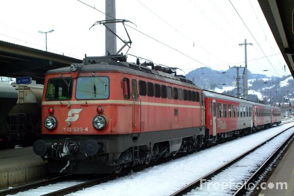 Picture of Austrian Railways Class 1142 574-1 - Free Pictures - FreeFoto.com