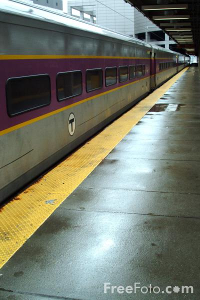 Picture of MBTA railroad service at Boston South Station - Free Pictures - FreeFoto.com