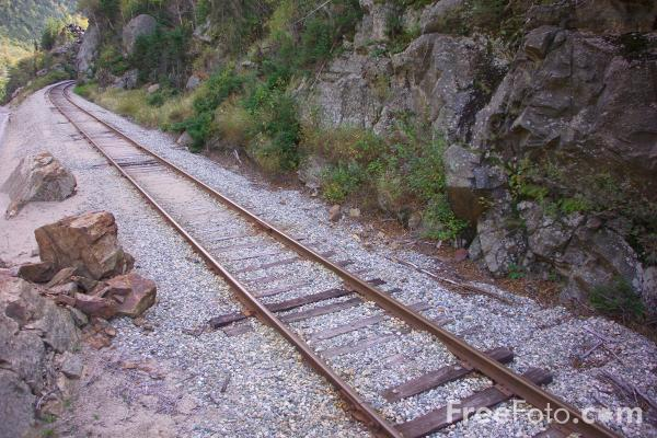 Picture of Railroad Track - Free Pictures - FreeFoto.com