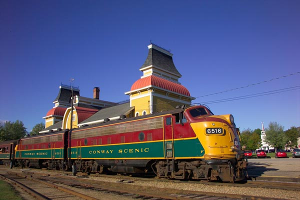 Picture of 6516 GMD FP9 Conway Scenic Railroad - Free Pictures - FreeFoto.com