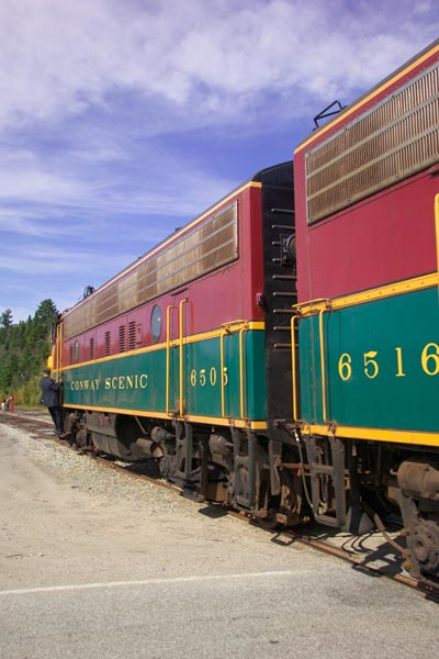 Picture of 6505 GMD FP9 Conway Scenic Railroad - Free Pictures - FreeFoto.com