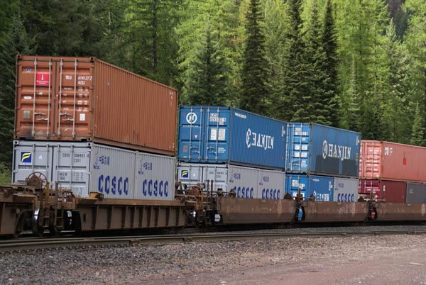 Picture of Double Stack Container Train - Free Pictures - FreeFoto.com