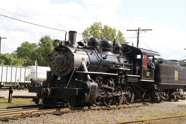 Picture of Steam locomotive, Essex Valley Railroad, Connecticut, USA - Free Pictures - FreeFoto.com