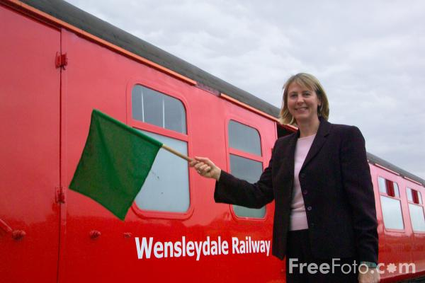 Picture of Green Flag, Wensleydale Railway - Free Pictures - FreeFoto.com