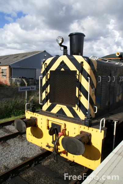 Picture of MoD 2144 Western Waggoner BR 03144 D2144 Shunter - Free Pictures - FreeFoto.com