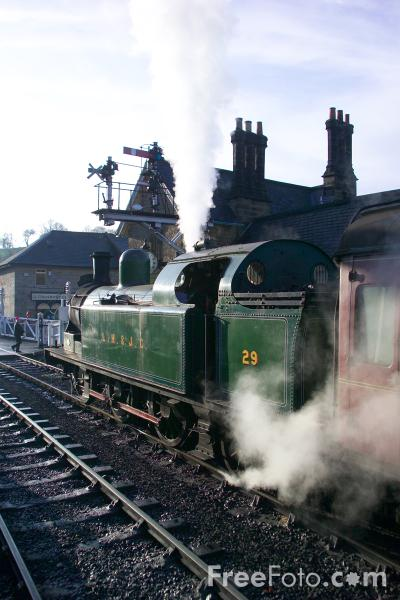 Picture of Santa Special, Grosmont, North Yorkshire Moors Railway - Free Pictures - FreeFoto.com