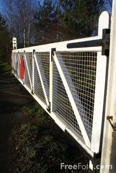 Picture of Level crossing gate - Free Pictures - FreeFoto.com