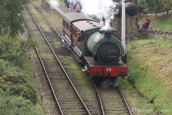 Picture of Robert Stephenson and Hawthorns 0-6-0ST No. 49 - Free Pictures - FreeFoto.com