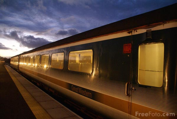 Picture of Mark 2D railway carriage - Free Pictures - FreeFoto.com