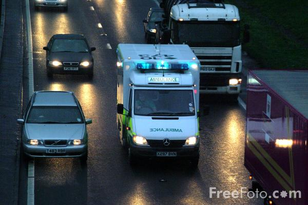 Picture of North East Ambulance Service Paramedic Unit, Western by pass, Gateshead - Free Pictures - FreeFoto.com