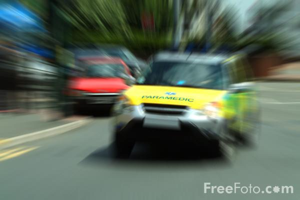 Picture of Rapid Response Paramedic - Free Pictures - FreeFoto.com