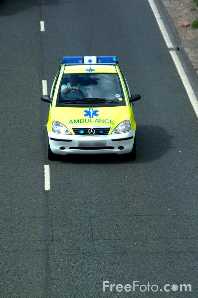 Picture of North East Ambulance Service Rapid Response Unit - Free Pictures - FreeFoto.com