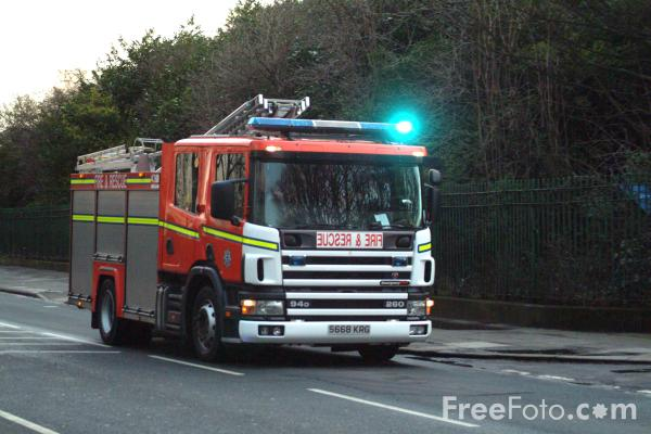 Picture of Scania 94D 260 Fire Engine - Free Pictures - FreeFoto.com