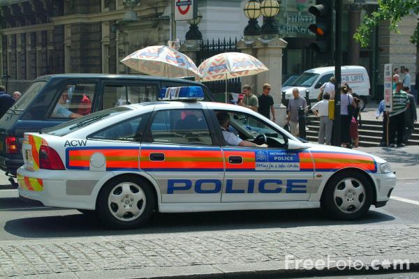 Picture of Metropolitan Police Traffic Car - Free Pictures - FreeFoto.com