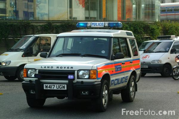 Picture of Metropolitan Police Range Rover - Free Pictures - FreeFoto.com