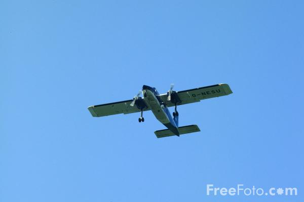 Picture of North East Air Support Unit Britten-Norman BN-2B-20 Islander G-NESU - Free Pictures - FreeFoto.com
