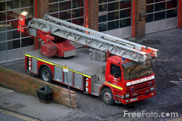 Picture of Turntable Ladder - Free Pictures - FreeFoto.com