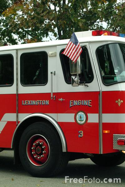 Picture of Engine Number 3, E-One Cyclone II-Rescue/Pumper, Lexington Fire Department - Free Pictures - FreeFoto.com