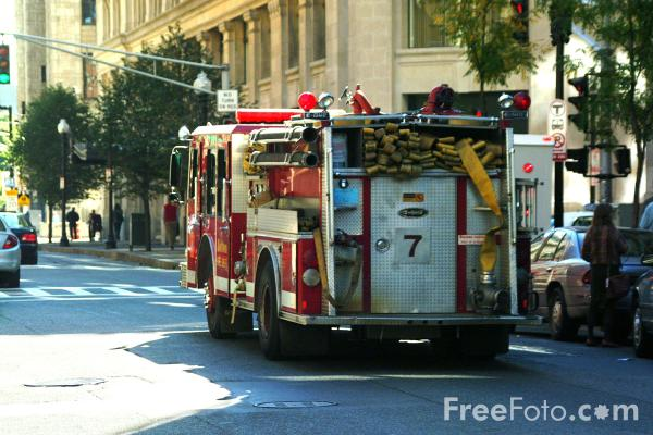 Picture of Boston Fire Dept Engine 7, Boston, Massachusetts - Free Pictures - FreeFoto.com