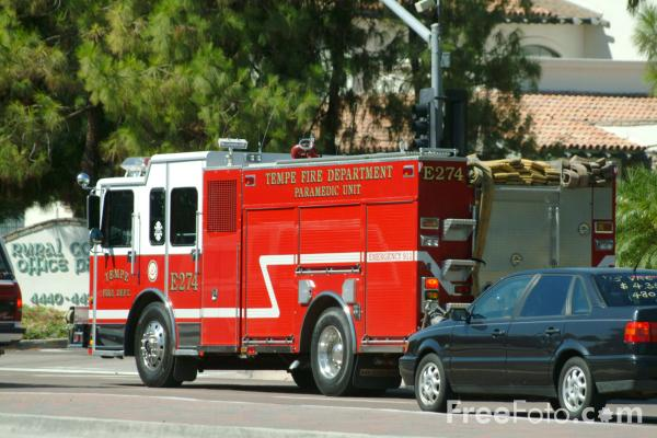 Picture of Tempe Fire Department Engine E274 - Free Pictures - FreeFoto.com