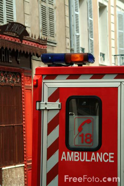 Picture of Ambulance, France - Free Pictures - FreeFoto.com