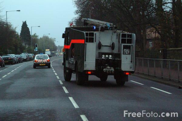 Picture of Green Goddess en route to a fire in Gateshead, Tyne - Free Pictures - FreeFoto.com